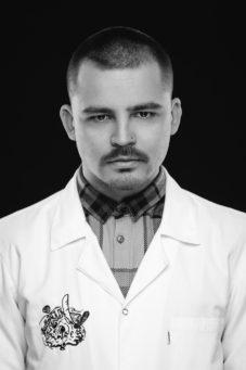 #Pracownia Meskich Portretow Karol-0062